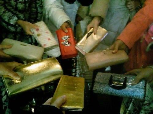 財布の結集