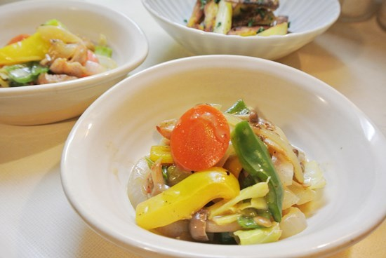 鳥と野菜のコンソメチーズ煮