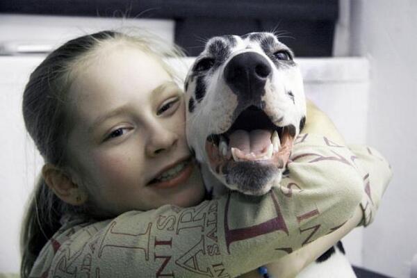 リプニツカヤちゃん過去の貴重な愛犬とのツーショット|ぽんちゃんからの伝言