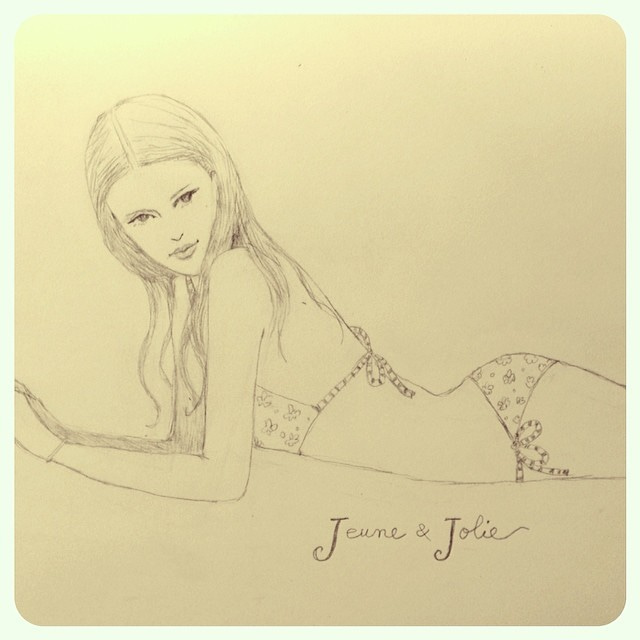 jeune_jolie