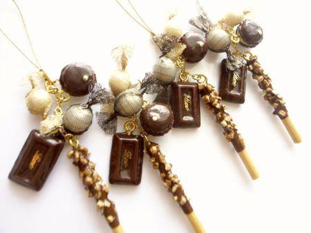 板チョコポッキーストラップ&スマホピアス2