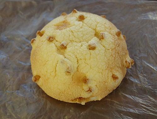 キャラメルメロンパン(金城ベーカリー)