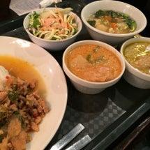 東京でいろいろ食べて…