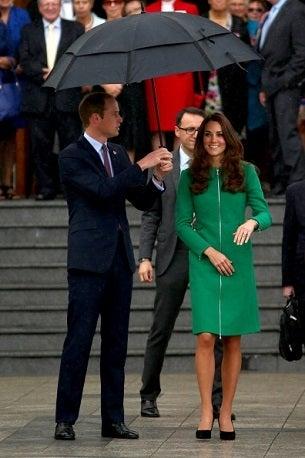 キャサリン妃 ウィリアム王子 スカート コート