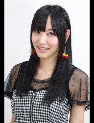 髪のアクセサリーが素敵な浜田由梨さん