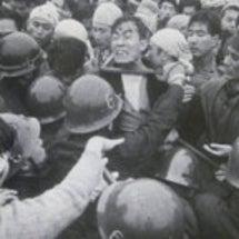 あの時、日本人デモ隊…