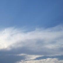 今日の雲&お客様…
