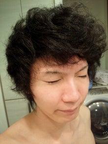 天然パーマ 縮毛 アフロ 髪型