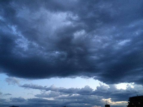 cloudy-place_20140602-3