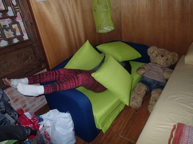 ソファで寝る