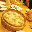 鼎泰豐と丸林魯肉飯。