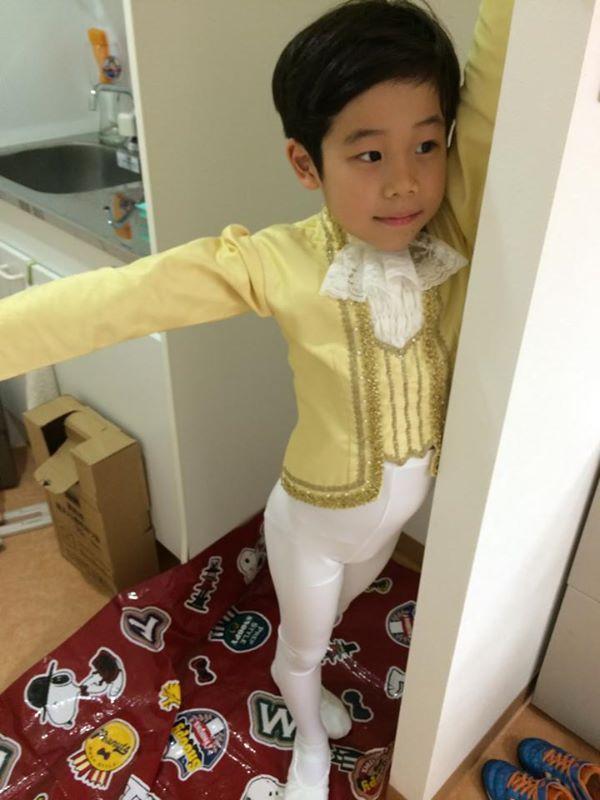 ●息子のバレエの衣装合わせです。