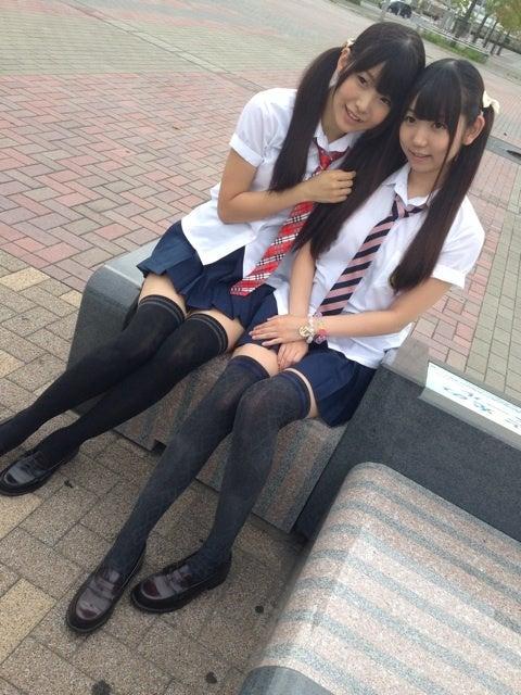 制服ニーソの女子高生 part4fc2>1本 YouTube動画>18本 ->画像>1375枚