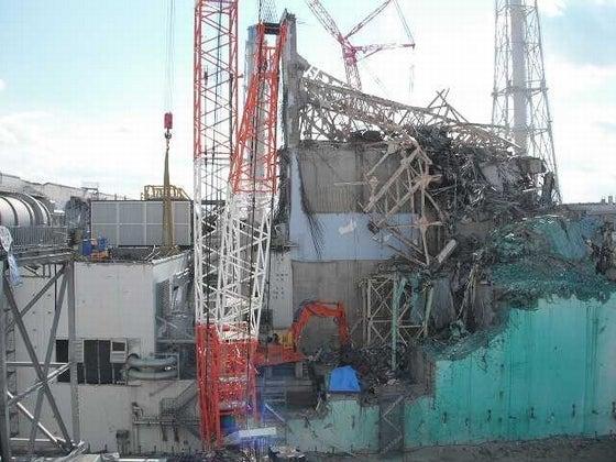 3号機原子炉建屋北面全景