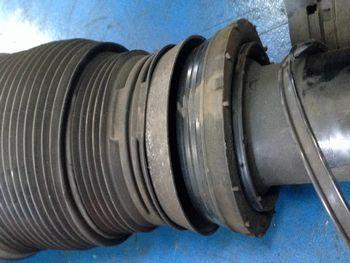 W219エアサス修理