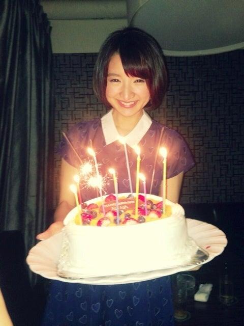 今天(912)是她的生日,聽說已經32了~~
