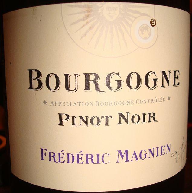 Bourgogne Pinot Noir Frederic Magnien 2011