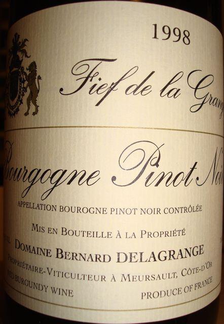 Bourgogne Pinot Noir Bernard Delagrange 1998