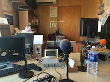 ラジオの収録の部屋・僕視点