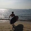 「SUP」と「ビーチ…