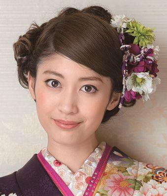 ブロンドヘアーの榊原美紅さん