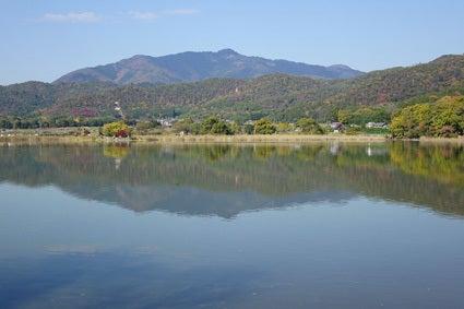 広沢池からの愛宕山