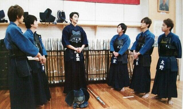 ゲストは東出昌大さん。 ずっと剣道を続けていて、今は小学生に教えているんだって!! そんなスゴい人だったんだ!? 知らなかった(;^_^A