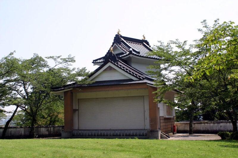 小倉山城/③模擬櫓の裏側