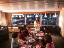 自力整体Tokyoのクリスマス交流会でのCaco先生