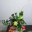 今年も花を売ってくれ…