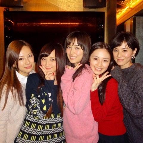 http://stat.ameba.jp/user_images/20150112/16/ayaka-502/90/6e/j/o0480048013187431864.jpg