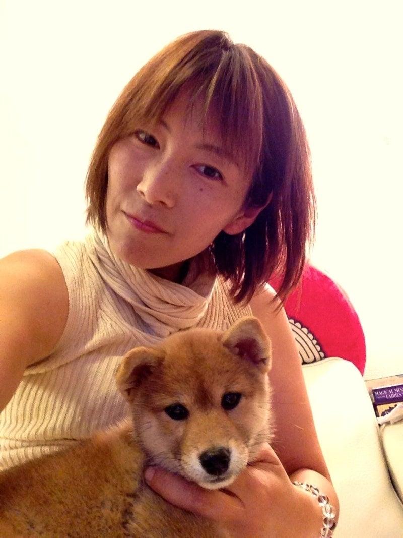 アリーシャ先生と柴犬のチコちゃん