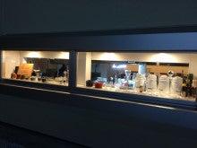 外から見えるキッチン
