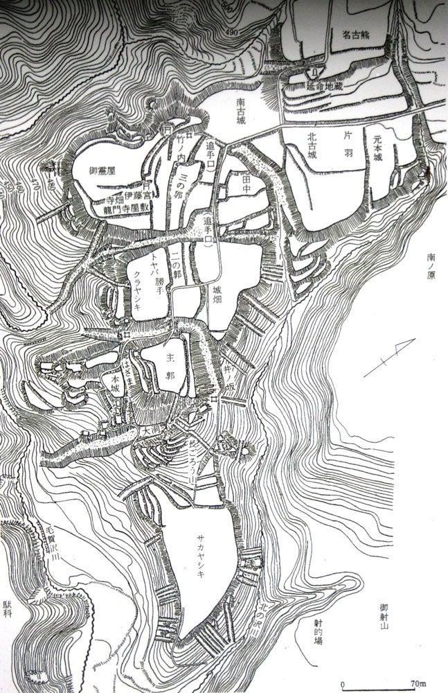 松尾城/②等高線の測量図