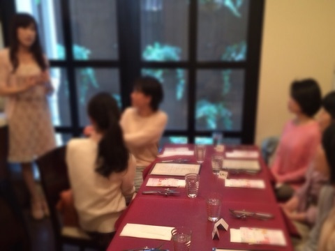 自力整体Tokyoのお花見ランチ交流会でのCaco先生