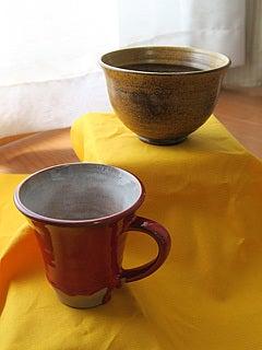 森山焼の抹茶碗とマグカップ