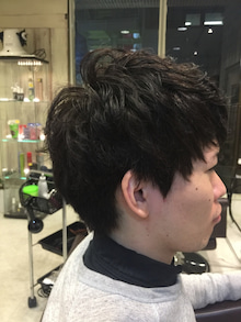 1年近く伸ばした髪を。。。