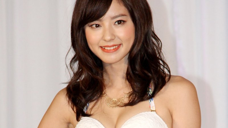 元乃木坂46の東レキャンペーンガールの宮沢セイラやJSAキャンペーンガールの横町ももこ、旭化成キャンペーンモデルの山下永夏もショーに華をそえました。