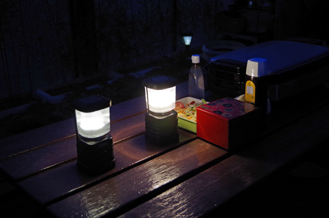 エクスプローラー、ハイランダー LEDランタン比較8