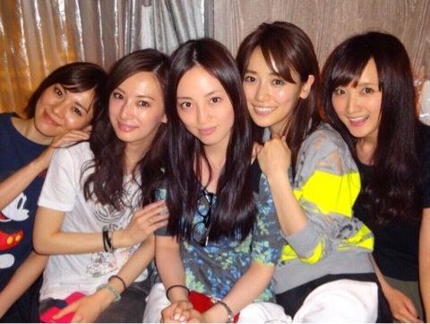http://stat.ameba.jp/user_images/20150520/11/ayaka-502/87/bc/j/o0480036113312493037.jpg