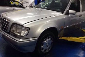ベンツ E500修理
