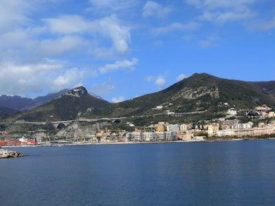 サレルノ港風景