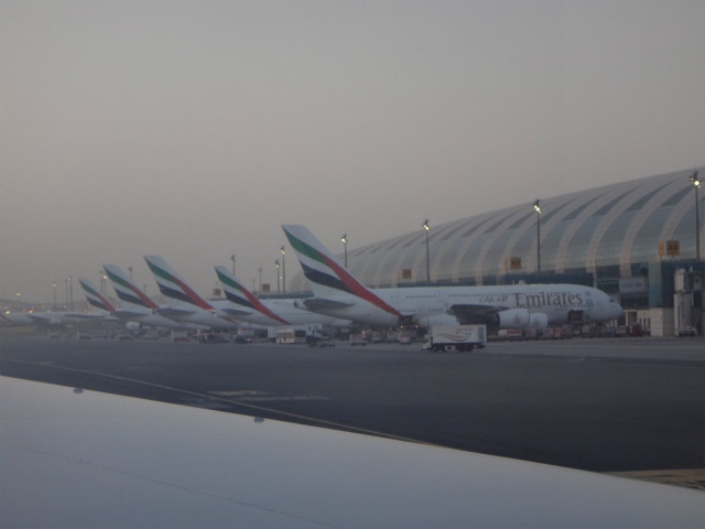 ドバイ国際空港1
