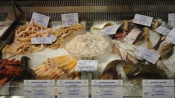 フィレンツェ市場食堂