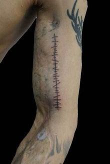縫合 タトゥー TATTOO 刺青