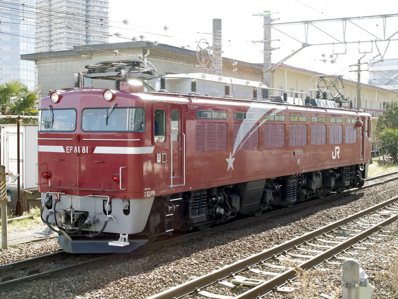 EF81 81 2010-2-6