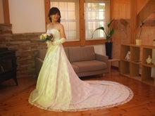 ローブドマリエさん結婚式ドレス