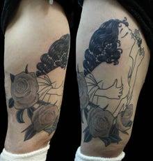 ピンナップガール 薔薇 タトゥー TATTOO 刺青