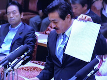 佐藤正久の画像「特別委員会: 質疑…」