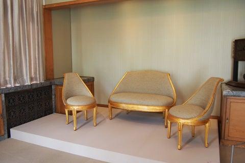 家具・調度品の庭園美術館アート